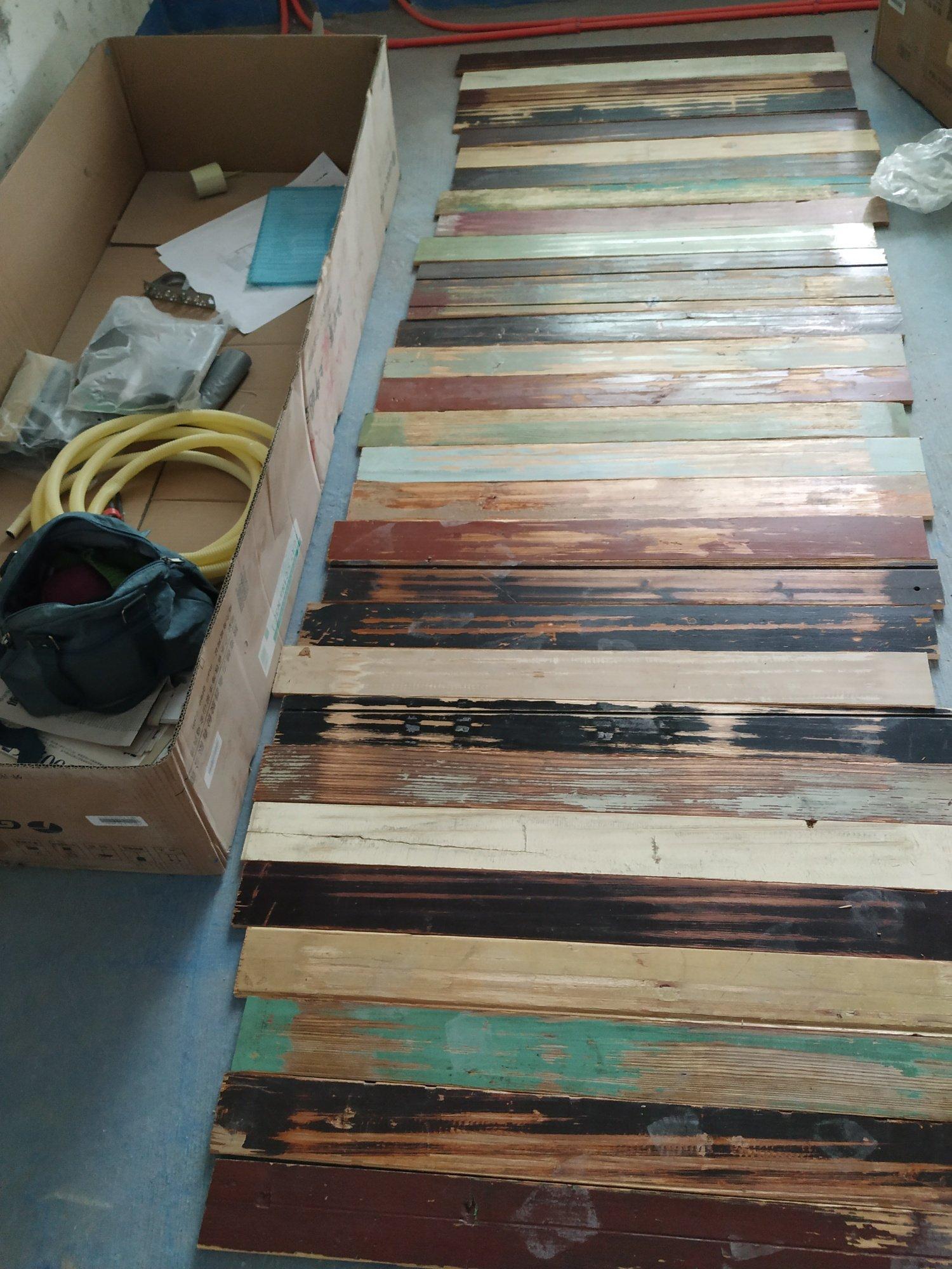 阳台木板上顶,哪种铺装效果更好?