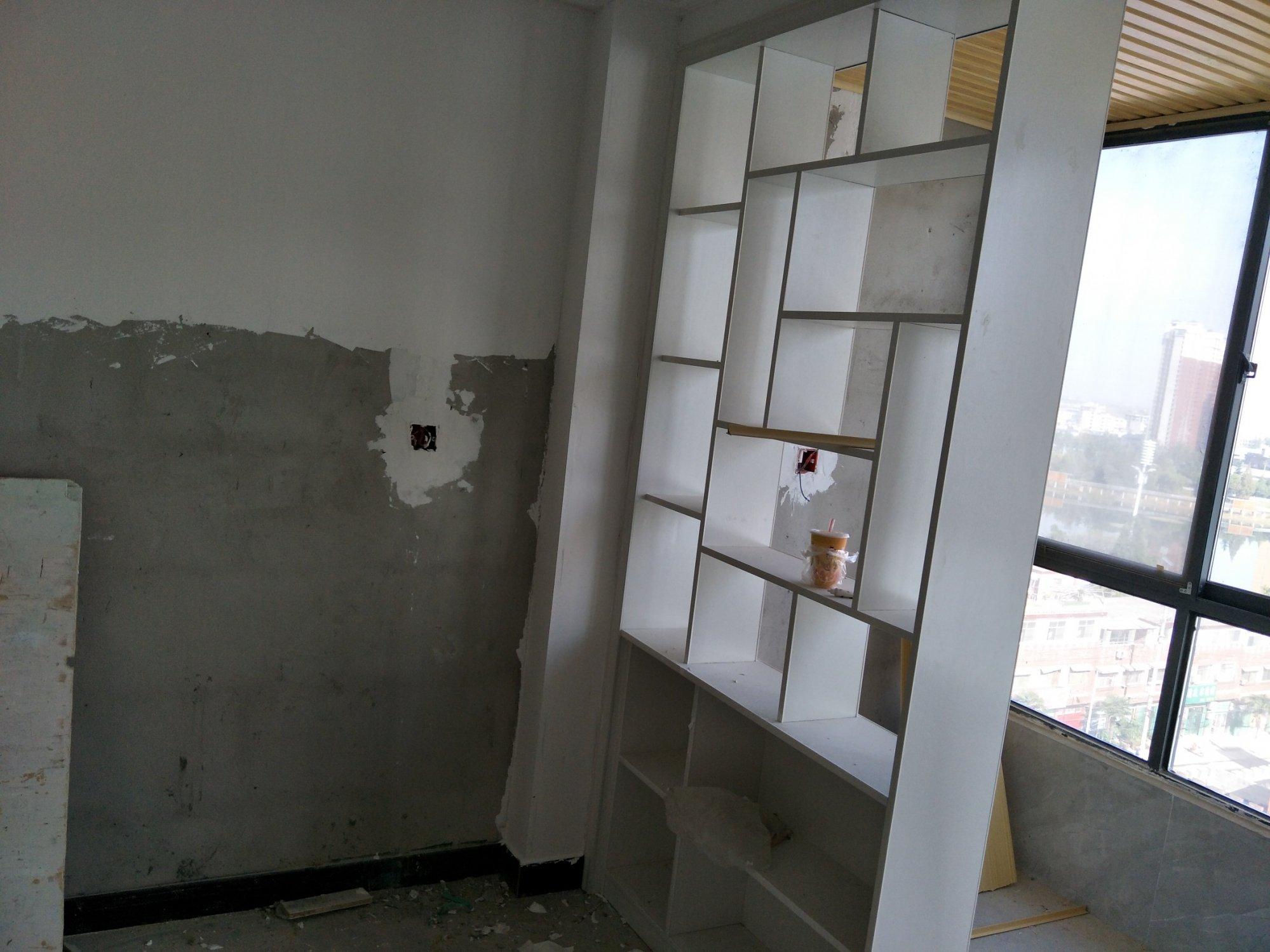 客厅阳台两边有梁怎么装修好