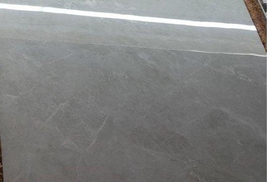 浅灰色瓷砖配什么颜色的乳胶漆墙面