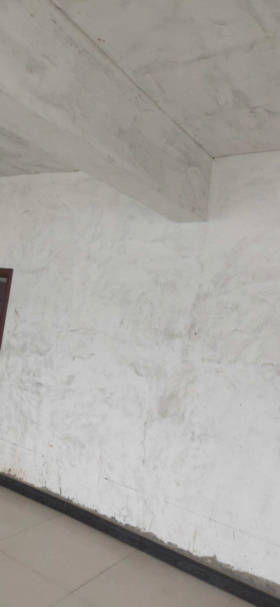 背景墙上面有竖梁怎么处理,有什么好建议吗