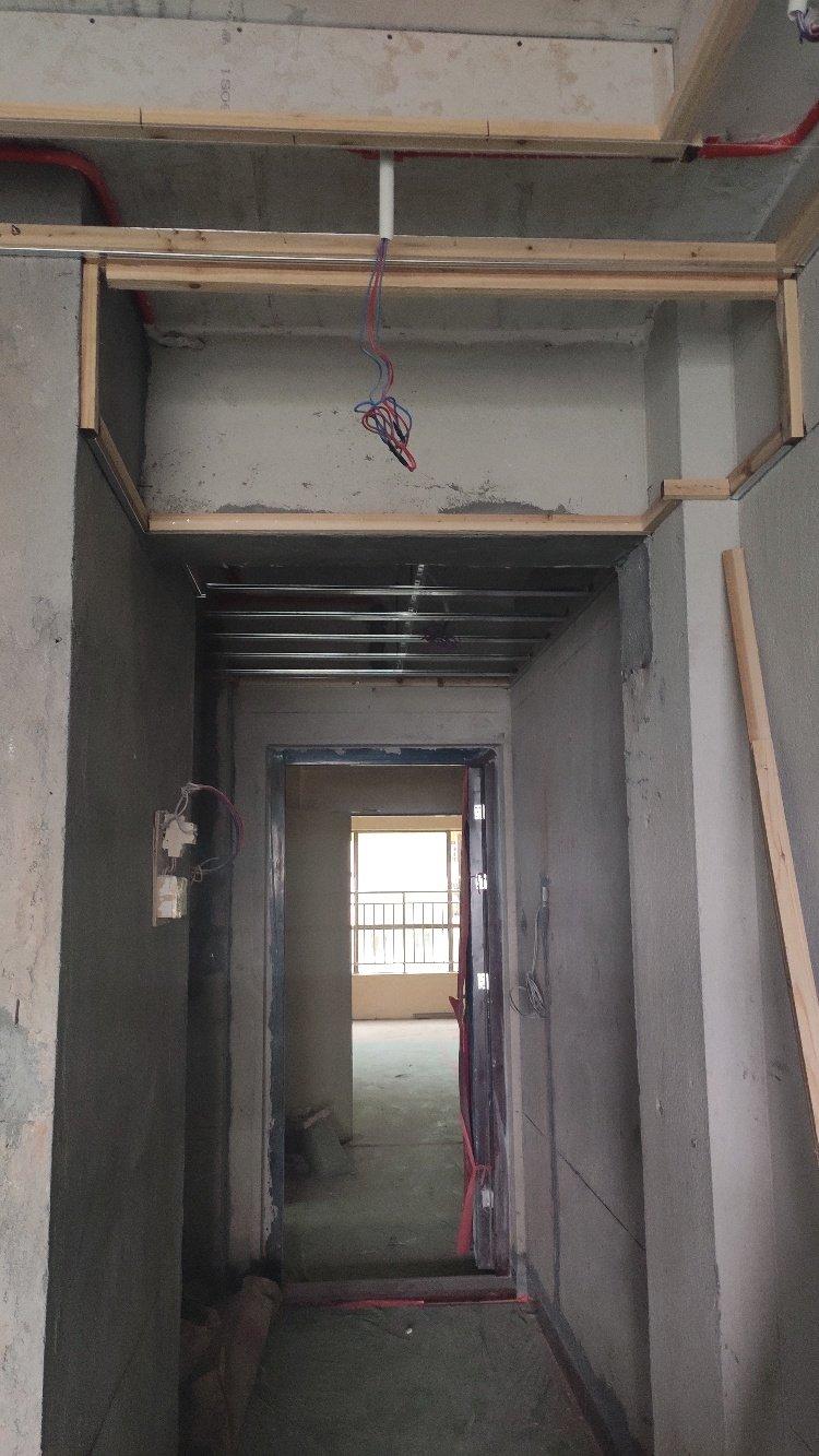 入户吊平2.4米矮吗?