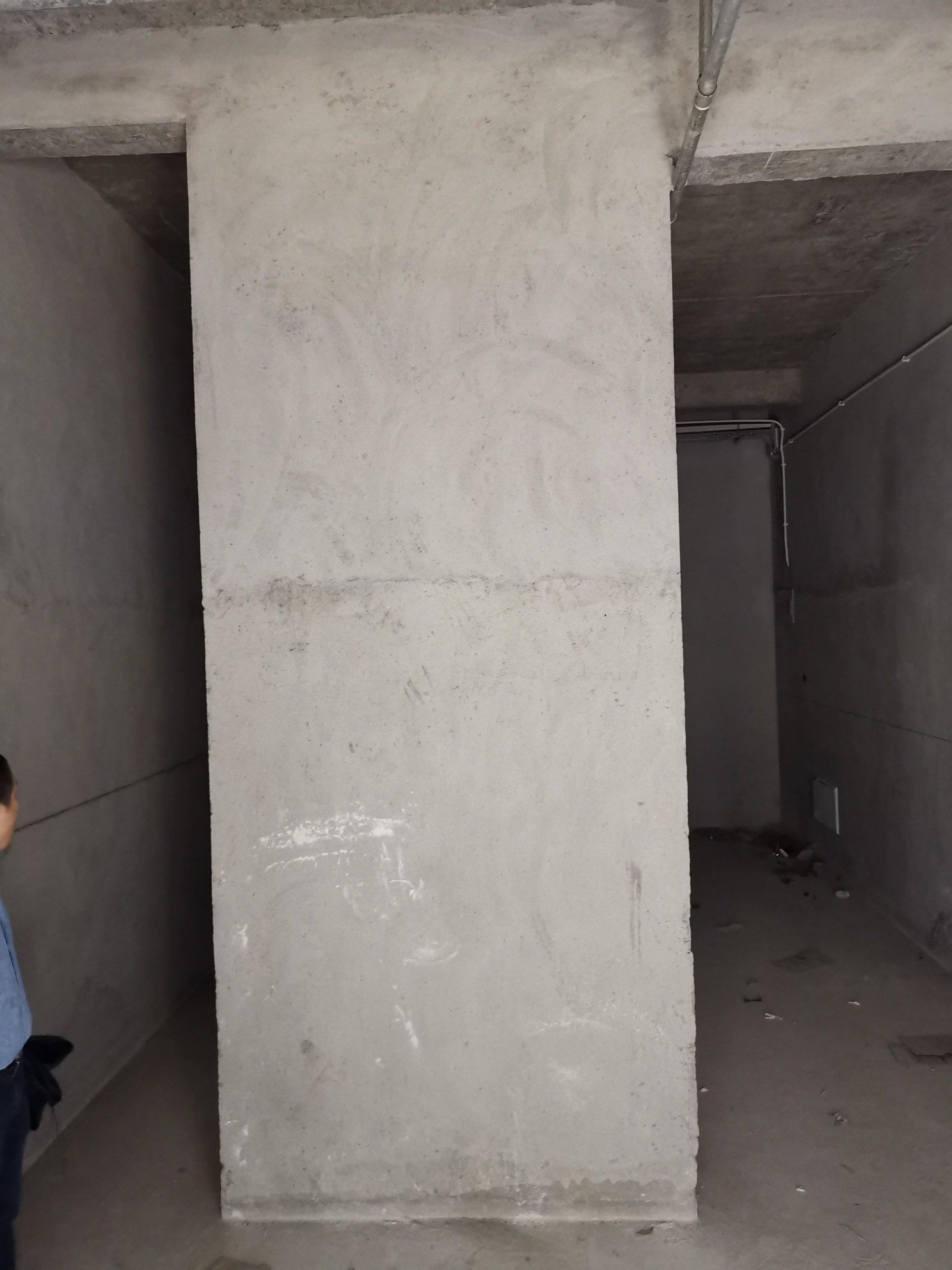 购置的商铺中有一堵承重墙,该如何装修?