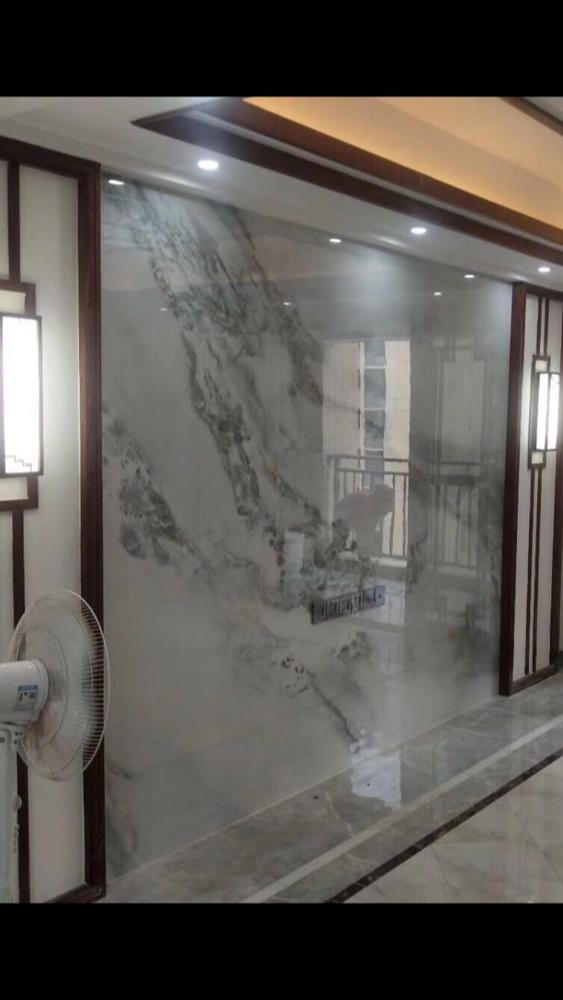 贴电视背景墙3.6米X2.4米的贴工和辅材需要多少费?
