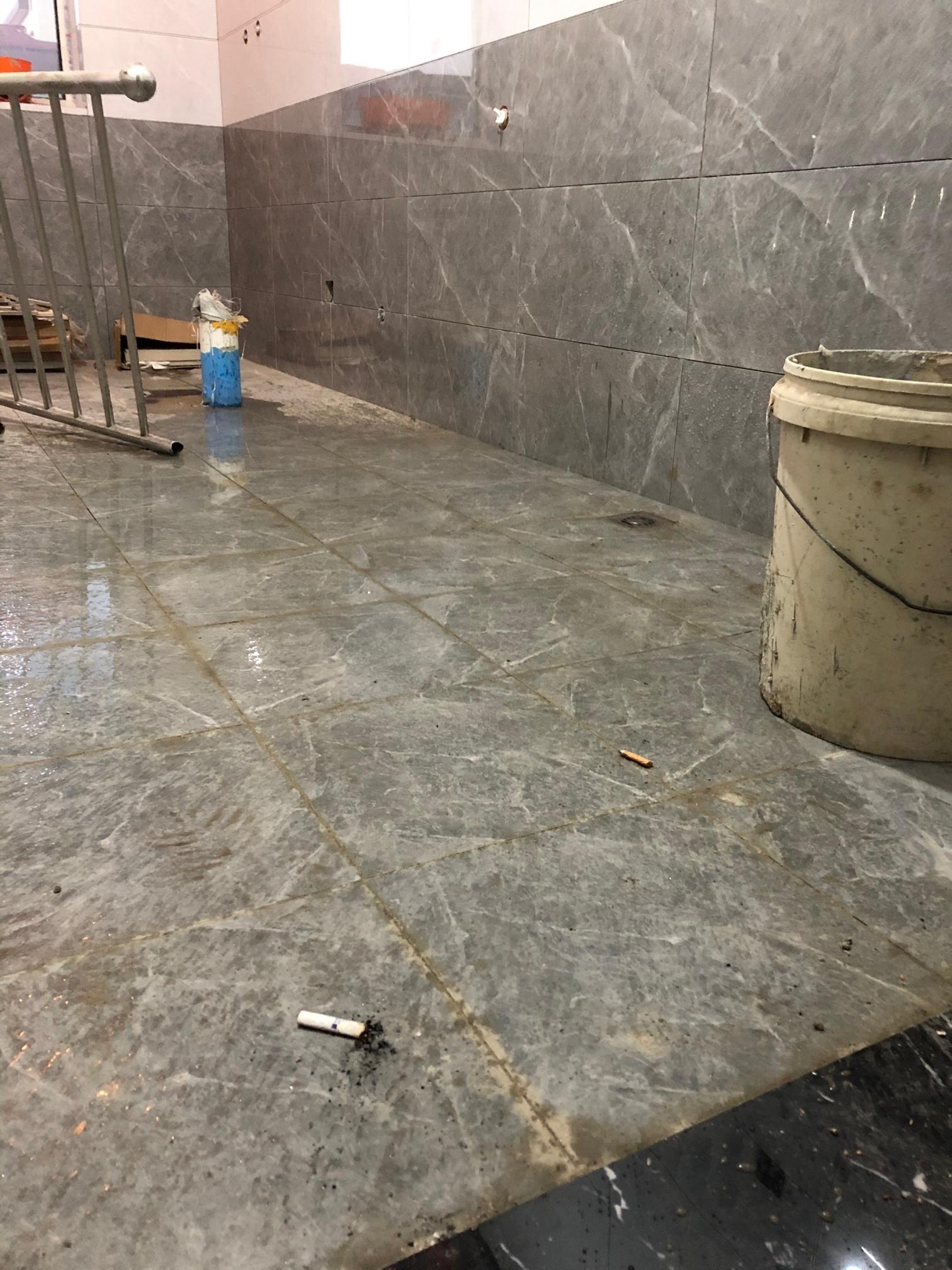 卫生间贴砖前没有放挡水条,后期怎么加上?