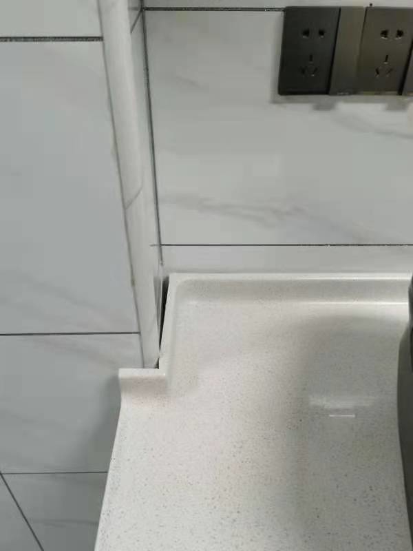 包管和橱柜有缝隙如何解决