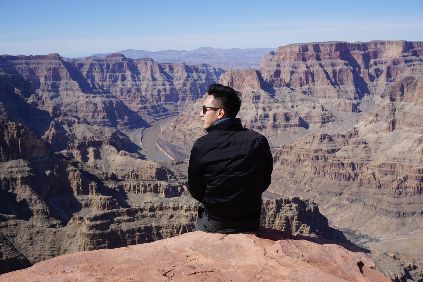 12 Edward在科罗拉多大峡谷.jpg