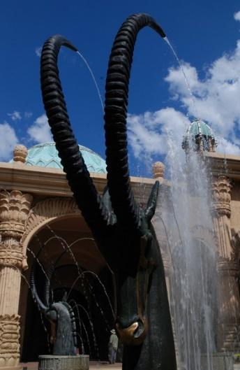 雕塑喷泉图片_雕塑喷泉图片大全下载