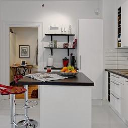 现代风格小户型开发式L型8平米家居厨房吧台置物柜装修效果图欣赏