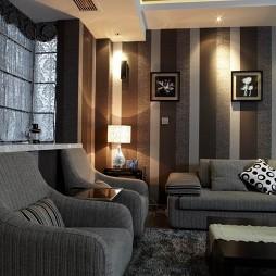 房屋小客厅竖纹壁纸装修效果图