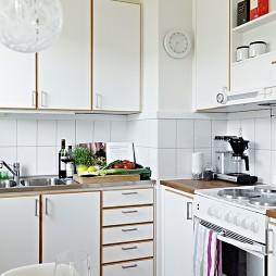 2017现代风格开放式L型小面积家居厨房白色橱柜装修图片