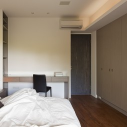 新北市中和曉山青住家卧室隐形门衣柜装修效果图