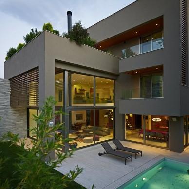 希腊雅典基菲萨住宅设计露天休闲区装修效果图