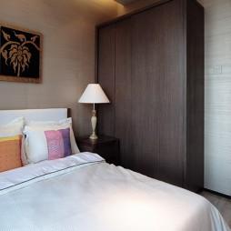 东南亚风格客厅连卧室装修效果图片