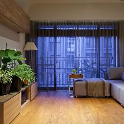 17平米木地板砖小客厅通阳台飘窗窗帘装修效果图