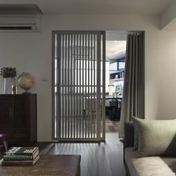 家装四居室客厅与书房实木隔断门装修效果图