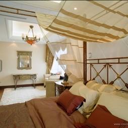 长岛欧式暗客厅卧室隔断装修效果图