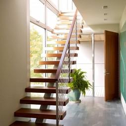 悠闲惬意的海边住宅设计混搭实木楼梯扶手装修效果图