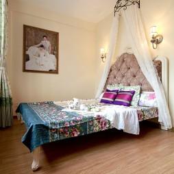 欧式风格简单三居室80后浪漫婚房家居卧室装修效果图片