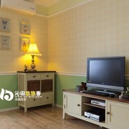 家装二居室客厅装饰柜挂画装饰效果图