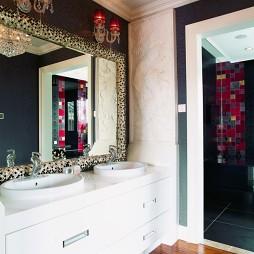 新古典风格复式创意主卫生间镜子马赛克瓷砖装修图片
