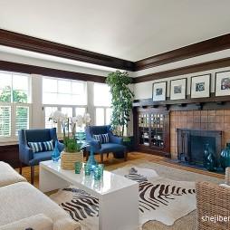 现代欧式大户型客厅实木电视背景墙效果图