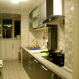 2017现代风格整体家庭厨房瓷砖装修效果图