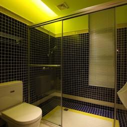 2017欧式风格复式居家卫生间蓝色瓷砖移门装修效果图欣赏