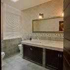 2013美式风格别墅家用次卫生间吊顶防滑瓷砖镜子装修效果图