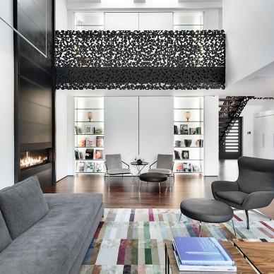 加拿大灰白色调现代别墅设计_721643