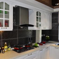 新古典风格家居厨房瓷砖墙壁装修效果图片