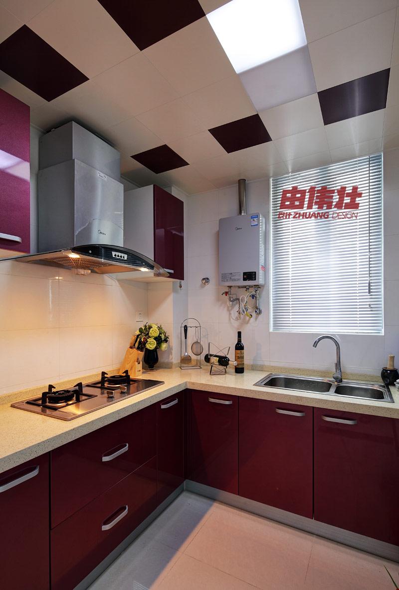 现代简约电视墙墙纸_现代风格家居厨房红色橱柜装修效果图片 – 设计本装修效果图