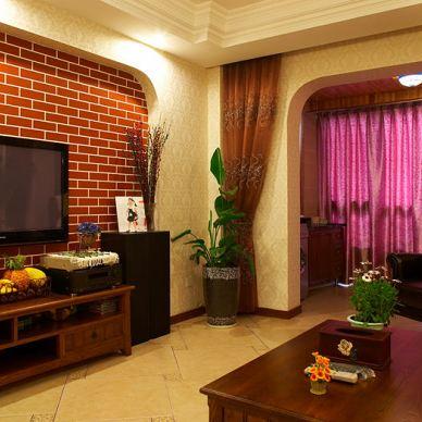 青林湾90平方米家装漂亮客厅实木电视柜垭口门阳台储物柜窗帘