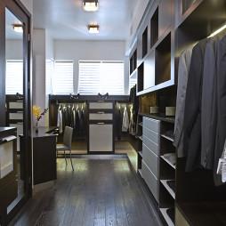 实木整体衣柜图集欣赏