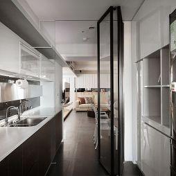 三重汪邸_现代厨房移门装修设计效果图