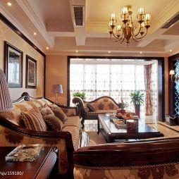 20平米美式家装客厅假梁石膏天花吊顶装修效果图
