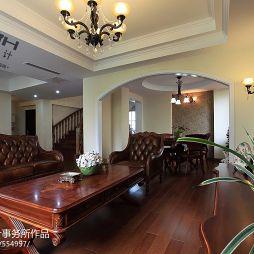 欧式别墅复式楼二级吊顶客厅设计效果图