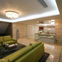经典现代风复式休闲区沙发设计效果图