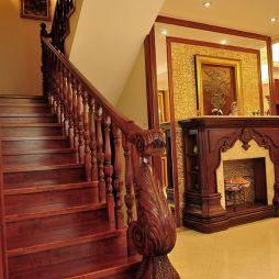 欧式实木楼梯装修效果图