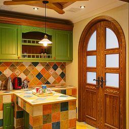 美式乡村风格厨房吊顶装修图片