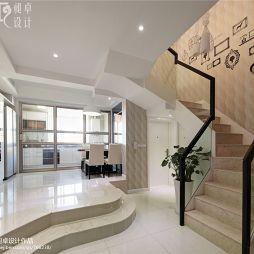 现代美步楼梯装修效果图