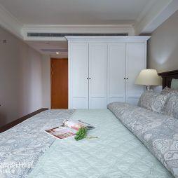 美式室内设计卧室衣柜装修图