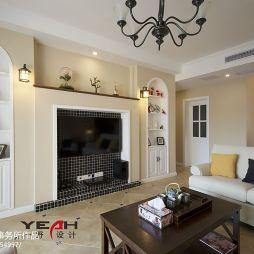 简约美式客厅嵌入式电视背景墙装修效果图