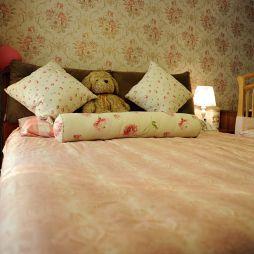 整体家装现代风格儿童房家具壁纸装修设计效果图