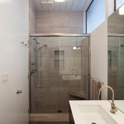 玻璃隔断干湿分离卫生间装修效果图
