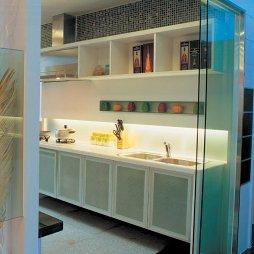 廚房玻璃折疊門效果圖