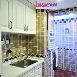 小清新简约公寓厨房贴砖装修图片