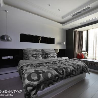 现代风卧室飘窗装修效果图
