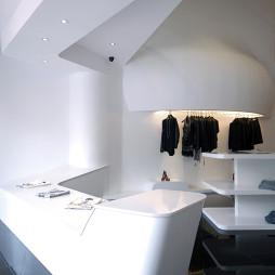 现代服装店装修图