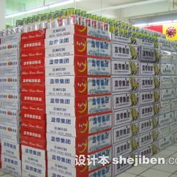 超市商品陈列啤酒图片