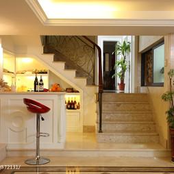 欧式风格别墅楼梯扶手效果图
